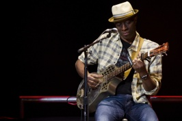 Keb Mo performs at Eric Clapton's Crossroads Guitar Festival 2013 at Madison Square Garden on Saturday, April 13, 2013 in New York. (Photo by Charles Sykes/Invision/AP)